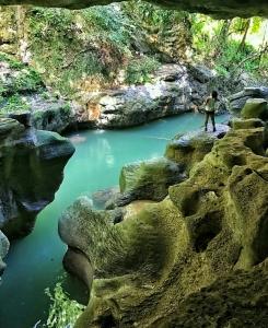 pr cave